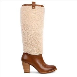 NIB UGG Ava Sheepskin And Leather Tall Boots